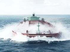 Big Ships in Storms | Tankers are a BIG wave target: