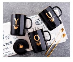Creative Ceramic Mug In The First Letter Of Your Name With Gold - Amvaal Amazing Vanity Allure Coffee Club, Coffee Mugs, Coffee Time, Slab Pottery, Ceramic Pottery, Soft Grunge, Ceramic Plates, Ceramic Art, Tumblr Soft