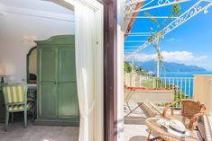 #BestPlacesToStayAlongTheAmalfiCoast: B&B Al Pesce D'Oro, 1.9 mi from Amalfi, offers parking, airport shuttle, private balcony overlooking the sea, WiFi... Simple Winter Outfits, Airport Shuttle, Amalfi Coast, B & B, Balcony, Entrance, Italy, Sea, Classic