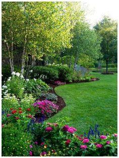 52 Beautiful Backyard Garden Design Ideas Can For Your Garden Planning Garden Yard Ideas, Backyard Garden Design, Diy Garden Projects, Lawn And Garden, Garden Landscaping, Landscaping Ideas, Easy Garden, Backyard Ideas, Easy Projects