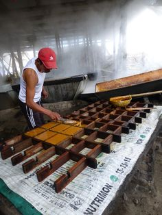 Panella making - San Agustin, Colombia