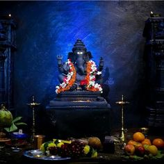 Make this Ganesha Chathurthi 2020 special with rituals and ceremonies. Lord Ganesha is a powerful god that removes Hurdles, grants Wealth, Knowledge & Wisdom. Lord Ganesha Paintings, Lord Shiva Painting, Ganesha Art, Shri Ganesh Images, Ganesha Pictures, Ganesh Wallpaper, Lord Shiva Hd Wallpaper, Lord Shiva Pics, Lord Shiva Family