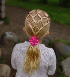 Elastic style into ponytail with curls gorgeous bow from 💝 braid braids braided braiding braidideas… Baby Girl Hairstyles, Kids Braided Hairstyles, Best Wedding Hairstyles, Cool Hairstyles, Teenage Hairstyles, Curled Ponytail, French Braid Ponytail, Low Chignon, Bow Braid
