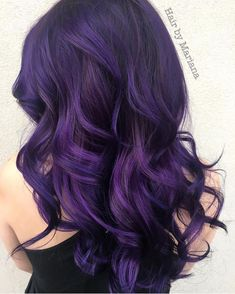 Purple hair color is the most popular of bright colors ❤ Our tips and easy step-by-step instructions help you to dye hair in violet ❤ See more at LadyLife ❤ Lilac Hair, Hair Color Purple, Hair Dye Colors, Cool Hair Color, Green Hair, Pastel Hair, Dark Violet Hair, Long Purple Hair, Love Hair