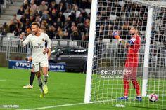 FBL-FRA-LIGUE1-BORDEAUX-PSG Neymar Vs, Football Match, Paris Saint, Saint Germain, Psg, Still Image, Bordeaux, Saints, Angels