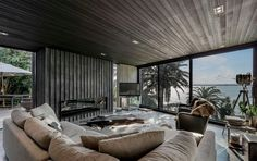 GD1 - Glass fronted Gas Fireplace for Ponting Fitzgerald Architects