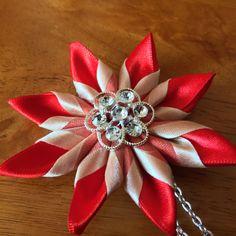Pendant Fabric flower pendant Japanese por DarlingPetalsbyLinda