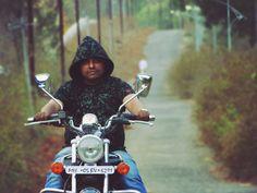 Yogi Macho's Photography (Bike ride) #yogimacho #yogi #yogimanchekar #photography #photographer #bajajavenger220 #bikeride #vijaythite