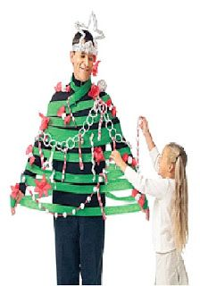 i heart primary music: Christmas singing time ideas Christmas Tree Game, Live Christmas Trees, Christmas Party Games, Xmas Party, Family Christmas, Holiday Parties, Christmas Holidays, Funny Christmas, Merry Christmas