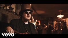 Listen and buy Black Cat, the new album of Zucchero Sugar Fornaciari album: https://lnk.to/BlackCat . Regia: Gaetano Morbioli Casa di Produzione: Run Multime...