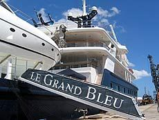 1000 Images About Yachts On Pinterest Motor Yacht Sport Boats And Landing Craft