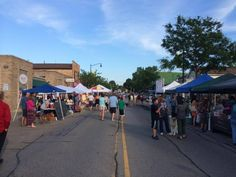 Thursday is market day at Wauconda Farmers Market in Illinois 3 - 7pm http://farmersmarketonline.com/fm/WaucondaFarmersMarket.html
