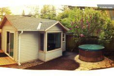 soak n sleep at the concordia cabin in Portland