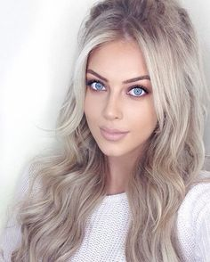 """Chloe Boucher - """"NEW YOUTUBE VIDEO! Just uploaded a tutorial on how I clip-in…"""