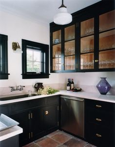 Love the glass cabinet fronts.