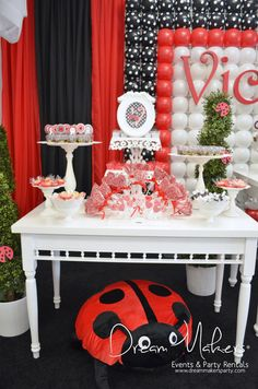 Ladybug Birthday Party! See more party ideas at CatchMyParty.com! #partyideas #ladybug