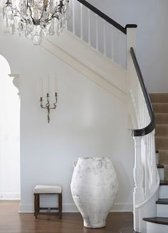 Leah Richardson Interior Design Interior Wisdom - White washed #Urn