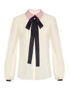 This cream crepe Kellaway blouse is a refined take on Roksanda's typically bold aesthetic. It has a relaxed shape that's trimmed with midnight-blue satin at the detachable knotted neck tie and cuffs, and prettily contrasted with a lilac-pink point collar. Wear it as part of a modern elegant look, tucked into the label's directional culottes.