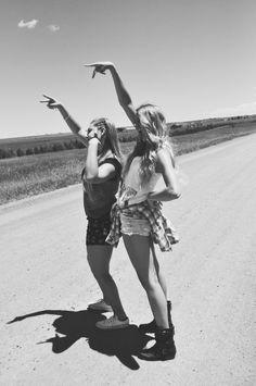 Saudade de ter uma amiga para contar, na alegria e na tristeza.
