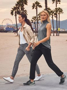 Metro Slouch The yoga-pant-comfy METRO style made to give your jeans a day off with handy pockets, sweet seam lines and super stretchy fabric that supports your love of adventure.