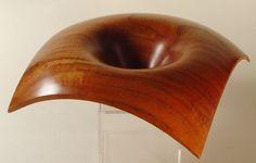 """Lynne Yamaguchi, Woodturner -- """"Lift"""": Sabicu bowl"""