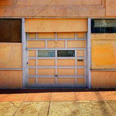 #cinqmars #sfo #streephotography #colorstreetlife Garage Doors, Outdoor Decor, Photography, Home Decor, Photograph, Decoration Home, Room Decor, Fotografie, Photoshoot