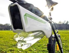 This Solar-Powered Gadget pulls water from the air while you ride your Bike