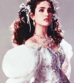 """mademoisellelapiquante: """" Jennifer Connelly as Sarah Williams in Labyrinth - 1986 What I feel like when I wear a pretty dress! Sarah Labyrinth, David Bowie Labyrinth, Labyrinth 1986, Labyrinth Movie, Labyrinth Quotes, Paul Bettany, Labrynth, Goblin King, Love Movie"""