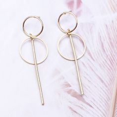 New Fashion Exaggerated Big Circle Round Drop Earrings – GoFashionova 80s Earrings, Tassel Earrings, Dangle Earrings, Jewelry Accessories, Women Jewelry, Fashion Jewelry, Earring Hole, Earring Trends, Earring Tutorial