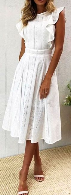 New Dress White Casual Simple Fashion Ideas Trendy Dresses, Modest Dresses, Nice Dresses, Short Dresses, Elegant Casual Dresses, Casual Midi Dress, White Dress Casual, Modest White Dress, Simple Dress Casual