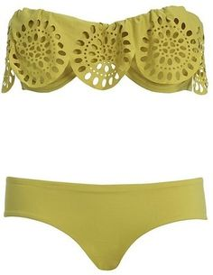 LOVE this bathing suit  #r29summerstyle refinery29-summer-essentials