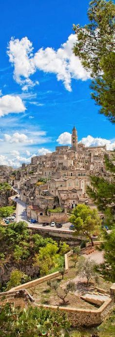 Matera, a spectacular and very old that lies in a small canyon carved out by the Gravina on the east side of Basilicata