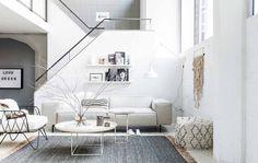 Witte woonkamer | whit living room | vtwonen 04-2017 | Fotografie Sjoerd Eickmans | Styling Marianne Luning