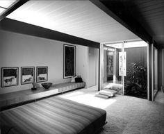 Krisel Residence - Architect: William Krisel - Brentwood, Los Angeles, CA          photo: Julius Shulman - 1955