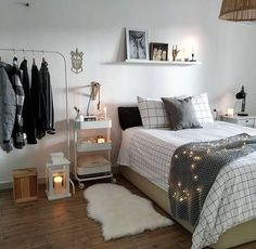 Fantastic College Bedroom Decor Ideas And Remodel 80 Fantastic Small Apartment Bedroom College Design Ideas And Decor with regard to Fantastic College Bedroom Decor Ideas And Remodel Small Apartment Bedrooms, Small Apartments, College Bedrooms, College Bedroom Decor, Cosy Apartment, Apartment Bedroom Decor, Small Apartment Decorating, Bohemian Bedroom Decor, Gray Bedroom Decor