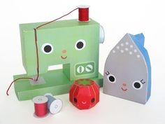 Happy Sewing Machine and Friends Printable Paper Craft.