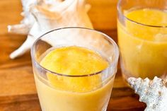 Peaches & Coconut Cream Smoothie - Peaches & coconut cream smoothie.