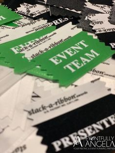 Hosting a large corporate event? Use badge ribbons to distinguish between different attendee types and spark conversation!