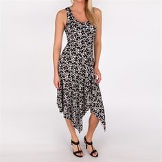 Sienna Rose Printed Sharkbite Dress #VonMaur #SiennaRose #Black #White #ScoopNeck