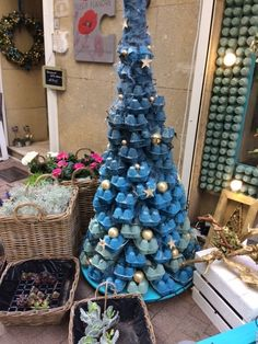 Christmas decoration in Pezenas France made from egg cartons #christmasdecor #francexmas #pezenas