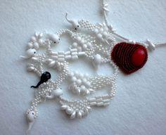 Ludmila Gubinova is beading artist from Ukraine. She makes beautiful jewelry in many different technics