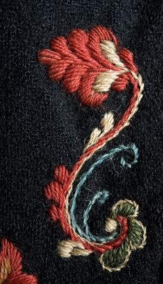 Jacobean Embroidery, Bead Embroidery Patterns, Wool Embroidery, Vintage Embroidery, Ribbon Embroidery, Embroidery Stitches, Machine Embroidery, Embroidery Designs, Scandinavian Embroidery
