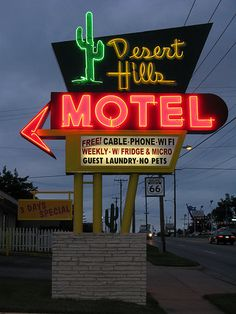 Desert Hills Motel neon sign, Route 66 - Tulsa, OK Desert Aesthetic, City Aesthetic, Route 66 Road Trip, Vintage Neon Signs, Old Signs, Googie, Image Hd, New Wall, Neon Lighting