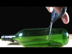 How to cut Glass Bottle - Best and Easiest Way Dear my friends , Today presents simple life hacks everyone should know. Cutting Glass Bottles, Cut Glass Vase, Glass Jars, Simple Life Hacks, Useful Life Hacks, Life Hacks Youtube, Diy Glasses, Bottle Cutter, Altered Bottles