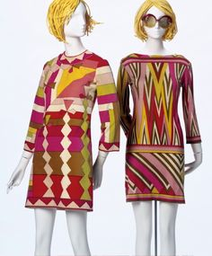 Emilio Pucci Printed cotton velveteen dress- I like the bold colors on this dress, and the aztec pattern. I think it would be perfect outfit for the summer. 60s And 70s Fashion, 60 Fashion, Fashion History, Retro Fashion, Vintage Fashion, Emilio Pucci, Ringo Starr, Sophia Loren, Vintage Dresses