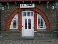 Stjørdal train station entrance, 1902 Train Station, Entrance, Garage Doors, Outdoor Decor, Pictures, Home Decor, Photos, Entryway, Decoration Home