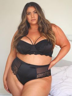 Beautiful Plus Size & Curvy Ladies Latin Women, Swimwear Cover Ups, Plus Size Swimsuits, Plus Size Lingerie, Plus Size Womens Clothing, Instagram, Curvy Women, Sexy Women, Size 2