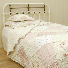 bedsprei met roze roosjes 140 x 220 cm - 8717459395336 - Avantius