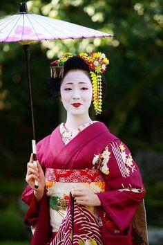 Mamefuji, Tama Okiya, Gion Kobu