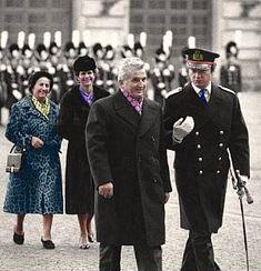 Lovitură de stat 1989 | Nicolae Ceauşescu Preşedintele României site oficial Continents, Photo Editor, Mtv, Suit Jacket, History, Instagram, Military, Biography, Shelf